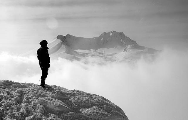 Singurătatea, o problemă a timpului nostru?